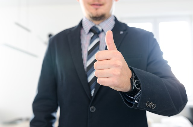 転職エージェントは求職者の味方ではない